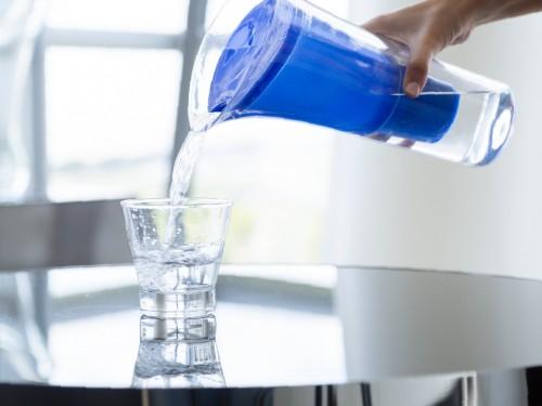 Jarra Purificadora Azul + Botella Térmica