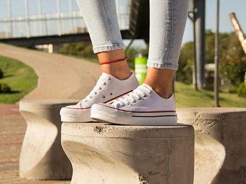 Zapatillas Urbanas De Lona Con Plataforma Vulcanizada Para Mujer U.S.
