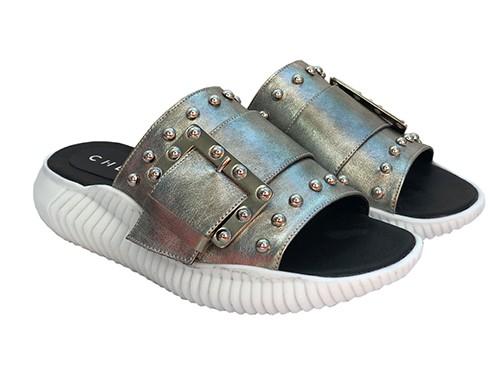 Sandalia de cuero Liza