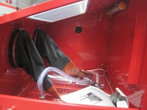 Cabina Arenadora Granalladora Con Luz Guantes y Pistola Equus