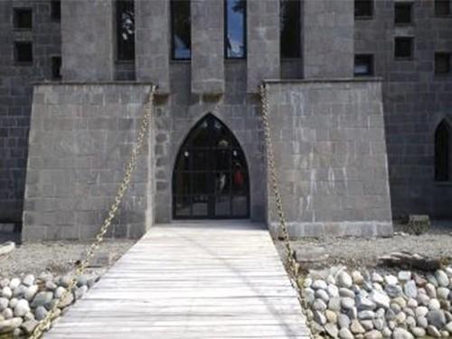 Hotel Villa la Angostura Mayo y Junio para  2 personas con Desayuno