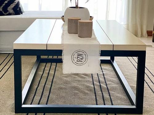 Mesa ratona MANHATTAN. Hierro y madera. Fabricación a pedido.