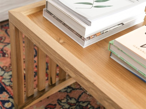 Mesa baja de madera rectangular