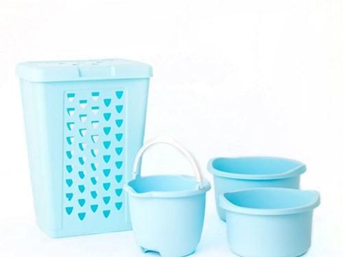 Set Cesto Laundry 60 Lts + balde + 2 palanganas Celeste