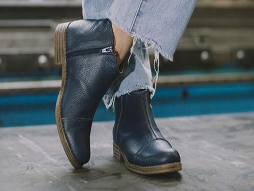 Botineta Mujer Cuero Briganti Bota Botita Zapato Azul Benton