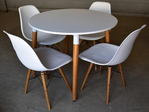 juego de comedor mesa redonda 90cm + 4 sillas Eames