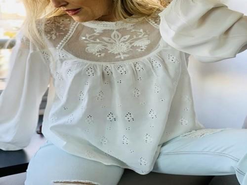 Blusa de mujer con bordado manga larga- TWINLP