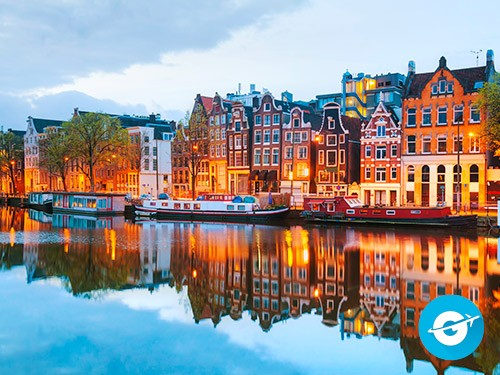 Vuelo a Amsterdam en oferta. Pasaje Aéreo barato a Holanda. Europa.