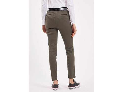 Pantalon de color slim fit tiro medio Taverniti