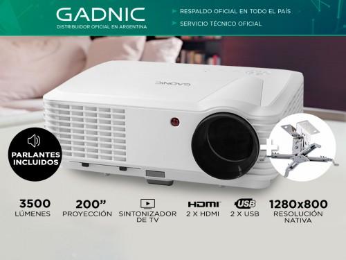 Proyector Gadnic Panoramic 2 3500 Lúmenes Sinto TV + Soporte de Techo