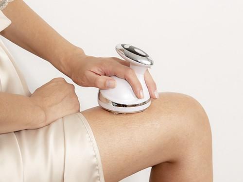 Cavitador corporal con radiofrecuencia, ultrasonido, terapia led