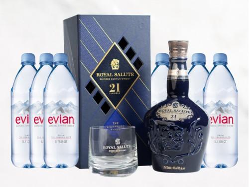 Whisky Royal Salute 21 Años, 1 Vaso y 6 Agua Mineral 1 L. Evian