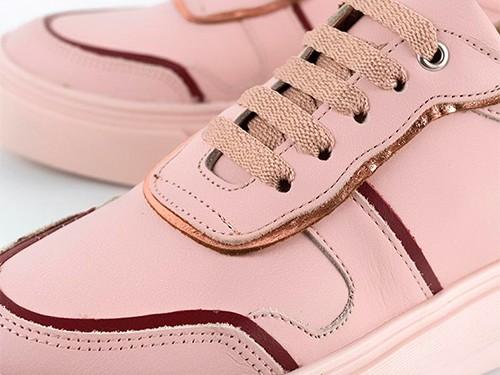 Zapatillas de cuero rosadas con ribetea cobre Tafí La Leopolda