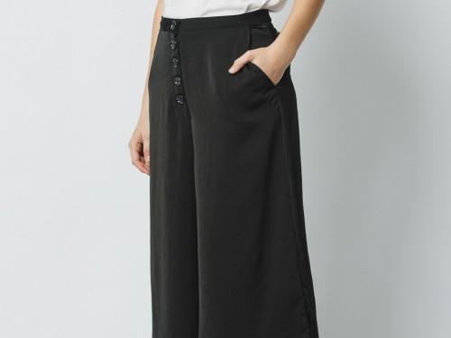 Pantalon Tiro Medio Mujer Negro con botones Ann Soft Wanama