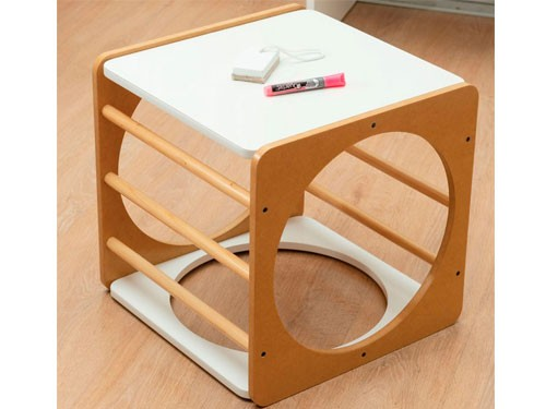Cubo Pikler. Es un producto inspirado en la pedagogía Pikler
