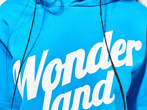 Canguro Wonderland De Frisa Estampada Mujer 47 Street