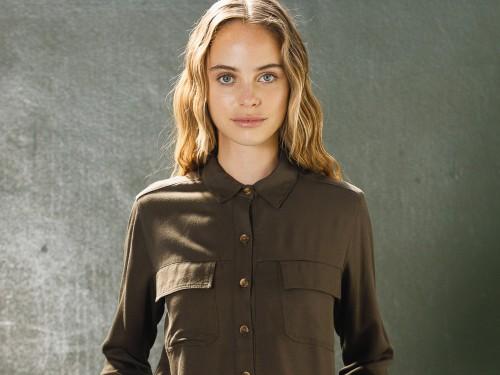 Camisa Verde Rayón Calce Amplio Endless Summer I Mujer John L. Cook