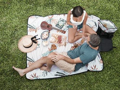Lona Chilly Picnic Playera Impermeable 1,40 x 1,60 diseño Coral