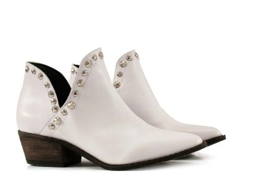 Botas texanas de cuero en blanco  con tachas de mujer Batistella