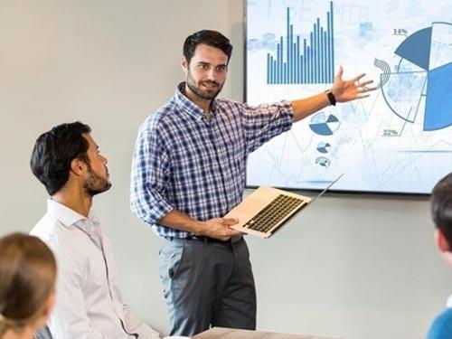 Licenciatura en Management: Economía y Finanzas (Arancel de Ingreso)