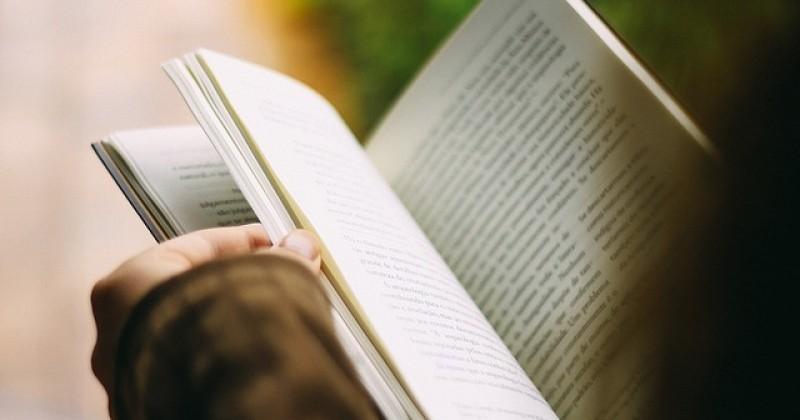 ¿Cómo elegir un libro para regalar?